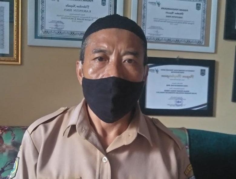 Kepala Seksi dan Wakil Supervisior Penyakit TB Dinkes Kabupaten Bima, Idris. (Arif Sofyandi/Ntb News)