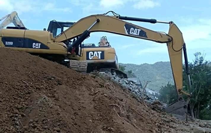 Aktivitas galian C di Desa Risa, Kecamatan Woha, Kabupaten Bima. (Ikbal/Ntb News)