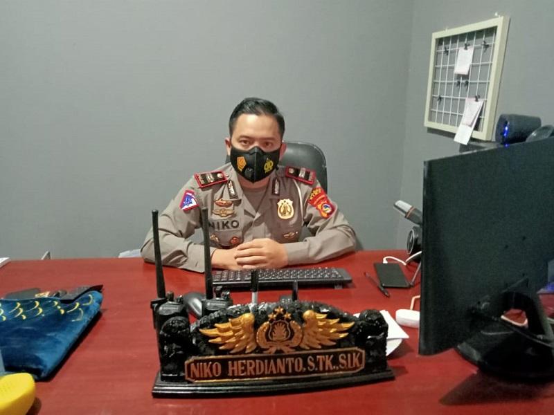 Kasat Lantas Polres Kabupaten Bima Niko Herdianto. (Ntb News/Arif Sofyandi)